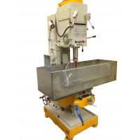 Тяжелый станок для выбуривания цилиндрических образцов керна